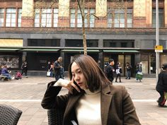 We went through Krystal Jung's recent best looks and screened through bits of her ensembles for your inspiration. Krystal Fx, Jessica & Krystal, Jessica Jung, Krystal Instagram, Instagram Posts, Krystal Jung Fashion, Sulli, Red Sunglasses, Fashion And Beauty Tips