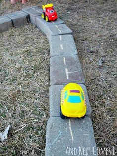 Learning with cars and trucks and diggers! | BabyCentre Blog
