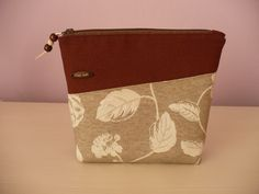 Cosmetic bag - lovely brown