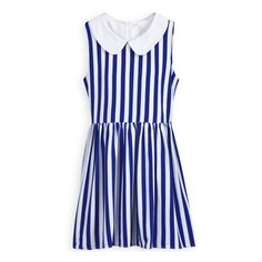 Blue White Vertical Stripe Lapel Zipper Dress (35 AUD) ❤ liked on Polyvore featuring dresses, b-dresses, sheinside, zipper dress, vertical stripe dress, zip dress, white blue dress and blue and white dresses