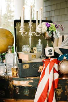 Eclectic decor with a romantic vintage touch