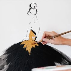 One of my favourites.💛 Dreaming in gold. Kerrie Hess, Snow White, Ballet Skirt, Disney Princess, Illustration, Gold, Instagram, Fashion, Moda