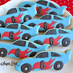 Sugar Dot Cookies Sugar Cookies with Royal Icing - Race Cars These cookies were for a little boy turning He. Hot Wheels Party, Hot Wheels Cake, Hot Wheels Birthday, Race Car Birthday, Race Car Party, Cars Birthday Parties, Race Cars, 5th Birthday, Birthday Ideas