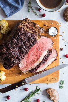 Weihnachtliches Roastbeef mit Lebkuchen-Cranberry Kruste und Glühwein Sauce {Wernung} - Meine Küchenschlacht