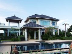 http://www.thailand-property.com/real-estate-for-sale/4-bed-villa-chonburi-pattaya-huay-yai_74821