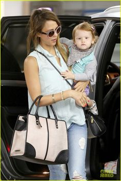 Jessica Alba arrives at a local hot spot with her daughter Haven on June 1, 2013