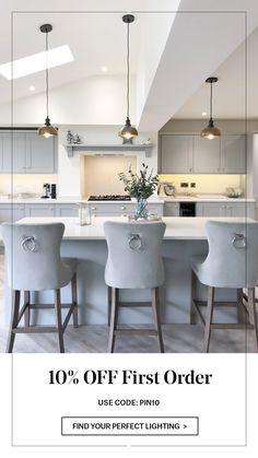 Kitchen Cabinets Decor, Kitchen Room Design, Kitchen Layout, Home Decor Kitchen, Interior Design Kitchen, Home Kitchens, Open Plan Kitchen Dining Living, Open Plan Kitchen Diner, Living Room Kitchen
