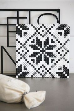 Coaster hama beads by Kaikki Paketissa - Pattern: https://de.pinterest.com/pin/374291419014061453/