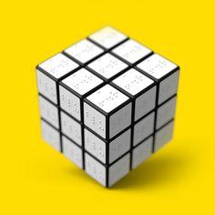 """CUBO DE RUBIK (Braile), Diseño de Konstantin Datz // Este concepto del Cubo de Rubik es un intento de ajustar este juguete intemporal a las necesidades de las personas ciegas - que les permite """"sentir"""" los colores."""