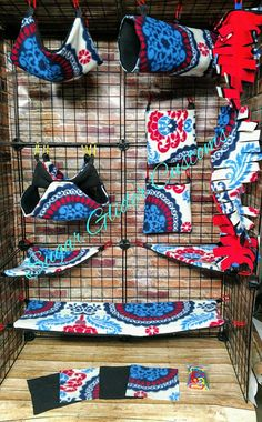 Check out this item in my Etsy shop https://www.etsy.com/listing/543342237/mandala-13-piece-sugar-glider-cage-set
