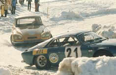 Winter style racing Citroen DS and Alpine A110