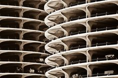 Marina City Twin Towers Chicago | Rolour Garcia Photo