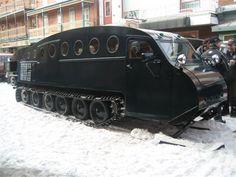 Bombardier Zombie Survival Vehicle, Snow Toys, Snow Vehicles, Hors Route, Snow Machine, Rusty Cars, Unique Toys, Vintage Tractors, Vintage Caravans