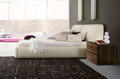 Pavo platform bed in Ivory eco-leather by Rossetto Funky Furniture, Contemporary Furniture, Leather Bed, Upholstered Beds, Platform Bed, Modern Design, Ivory, Bedroom, Home Decor