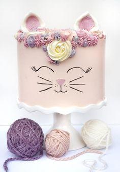 Halloween Birthday Cakes, Birthday Cake For Cat, Birthday Ideas, Birthday Cupcakes, 3rd Birthday, Kitten Cake, Jelly Cake, Birthday Cake Decorating, Cat Party