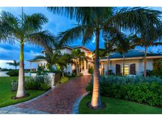 Top 5 Extravagant Homes in Downtown Sarasota