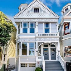 This #SanFrancisco home preserves its Victorian beauty while updating the interior with luxurious high-end finishes for todays buyer. Presented by Vanguard Properties #LeveragePartner #luxury #victorian #architecture #design #exteriors #victorianhome #realestate #luxuryhome