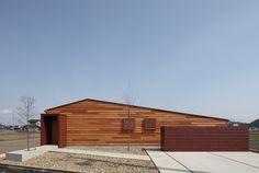 田園の家 | 愛知や三重で設計事務所をお探しの方も|一級建築士事務所 SYNC Japanese Modern House, Photo Studio, My Dream Home, House Plans, Modern Design, Villa, Exterior, House Design, Architecture