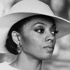 ... Diana Ross?! #classact