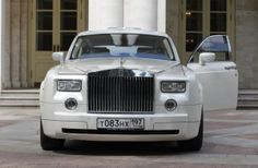 Rolls Royce PHANTOM probably the best car of Rolls Royce, a product of British car manufacturer the Rolls Royce. This is the biggest car Rolls Royce has ever made and the most first design too.About Phantom: Maserati, Bugatti, Luxury Travel, Luxury Cars, Luxury Vehicle, Luxury Houses, Car Travel, Luxury Vinyl, Luxury Apartments