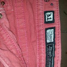 Miss me so cute Peachy pink adorable love the wings. Length 28 Miss Me Jeans Skinny