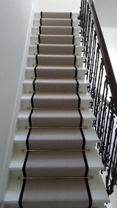 25 Carpeted Staircase Ideas That Will Add Texture And Warmth To Your Home - GODIYGO.COM If your house has a staircase that connecting one to another floors, it can be a good thing to beautify … Carpet Staircase, Staircase Runner, New Staircase, Staircase Makeover, Staircase Design, Staircase Ideas, Stair Runners, Hall Carpet, Basement Carpet