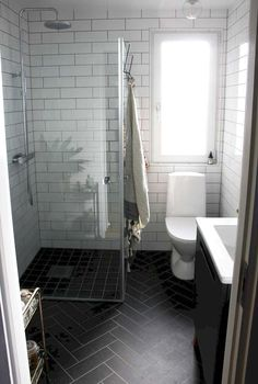 Cool small master bathroom remodel ideas on a budget (64)  #BathroomRemodeling