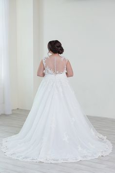 Plus size illusion-back wedding dress with buttons. Sequined-lace appliques 2998b34a5462