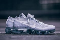 Women's Sneakers :    Nike WMNS Air VaporMax Flyknit 'Pure Platinum' (Detailed Pictures) – EU Kicks: Sneaker Magazine Sneakers Nike, Nike Shoes, Nike Air Vapormax, Nike Vapormax Flyknit, Trap, Nike Basketball Shoes, Soccer Cleats, Running Shoes, Fashion Fashion