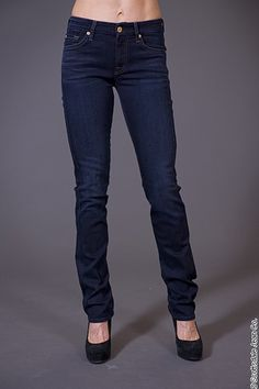 7 for All Mankind Kimmie Straight $189.00