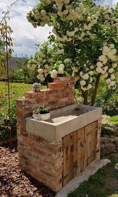 Backyard Garden Design, Backyard Patio, Backyard Landscaping, Back Gardens, Outdoor Gardens, Dream Garden, Home And Garden, Garden Sink, Garden Deco
