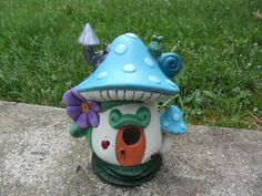 Fairy  house handmade mushroom house polka dot por TeresasCeramics, $25.00