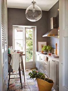 via La Maison Boheme, originally from El Mueble. Eclectic kitchen