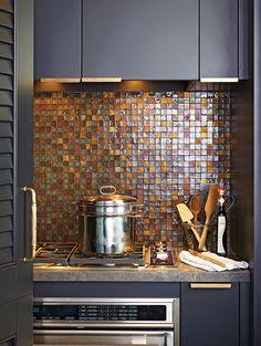 Kitchen, tiled backsplash, dark wall colour