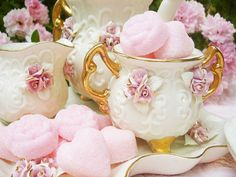 Rose and heart sugar cubes