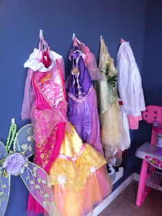 Children can organize themselves like hanging up clothes, from about the time they can dress themselves. Using command hooks means you can raise the hooks as the children grow. Look at this awesome dressup collection neatly organized. Storing Stuffed Animals, Stuffed Animal Storage, Dress Up Closet, Diy Hooks, Kids Bedroom, Bedroom Wall, Kids Rooms, Bedroom Ideas, Command Hooks