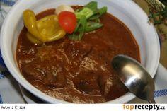 Guláš Samuraj z Budapešti Thai Red Curry, Stew, Ham, Chili, Breakfast, Ethnic Recipes, Food, Red Peppers, Chef Recipes