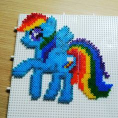 MLP Rainbow dash hama mini beads by feeltherise