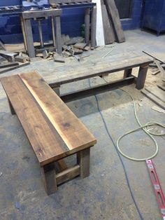 Corner bench set!  One done, one to go Corner Bench, Bench Set, Reclaimed Wood Benches, Diy Wood, Outdoor Furniture, Outdoor Decor, Places, Home Decor, Corner Banquette