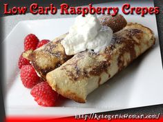 Low Carb Raspberry Crepes – Gluten Free This is one of those lovely weekend morning brunch meals. As much as I love bacon and eggs, which seems to be a staple on a Keto diet, these Low Carb Raspb… Low Carb Bread, Low Carb Keto, Low Carb Recipes, Real Food Recipes, Dessert Recipes, Cooking Recipes, Diet Recipes, Healthy Recipes, Keto Desserts