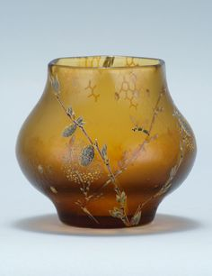 Glass at Auction - Americana, Paintings, & Marine Art | Eldreds Auction Gallery