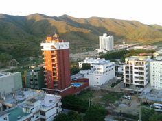 Vista posterior - apartamento Iguana El Rodadero (Santa Marta - Colombia). www.youtube.com/... www.facebook.com/... twitter.com/... - plus.google.com/... - www.linkedin.com/... rsmaalquilervacac... #Rodadero #SantaMarta #Hotel #Turismo #Alojamiento #Alquiler #Arriendo #Colombia #ParqueTayrona