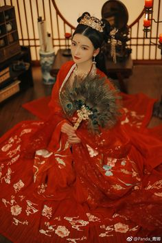 Chinese Wedding Dress Traditional, Traditional Dresses, Chinese Festival, Red Costume, L5r, Asian Cute, China Girl, Chinese Clothing, Mori Girl