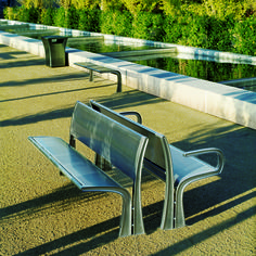 35 Collection Stay Bench #landscapeforms #outdoorfurniture #sitefurniture #architect #bench