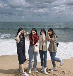 Quotes friendship bff girls friends forever ideas for 2019 Foto Best Friend, 4 Best Friends, Korean Best Friends, Best Friend Pictures, Cute Friends, Best Friends Forever, Mode Ulzzang, Ulzzang Korean Girl, Cute Korean Girl