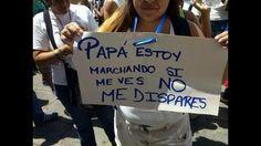 Protestas en Venezuela: la foto que conmovió durante el