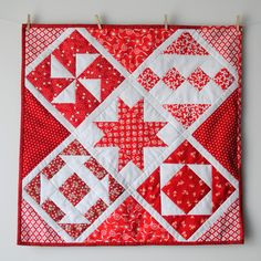 Happy Monday! I'm heading to the Post Office this morning to mail my mini quilt from the #schnitzelandboominiquiltswap on Instagram, but I wanted to share it with all of you and my latest quilt pla...