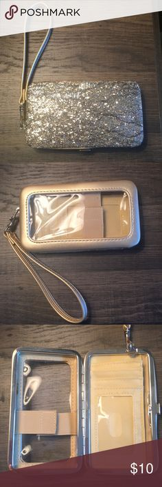 iPhone 5 wristlet Gold sparkle, iPhone 5 wristlet! Perfect for going out! Never used! Accessories Phone Cases