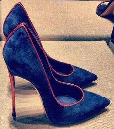 high heels – High Heels Daily Heels, stilettos and women's Shoes Hot Shoes, Pump Shoes, Women's Shoes Sandals, Shoe Boots, Sandals Outfit, Pretty Shoes, Beautiful Shoes, Louboutin, Nike Air Huarache