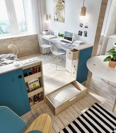 Die 1 Zimmer Wohnung besitzt ein Büro und Bett auf einem Podest mit Stauraum